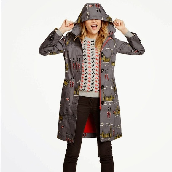 ad48689386 Boden Jackets   Blazers - Boden Rainy Day Mac in Westminster print